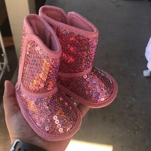 Infant pink sequin winter boots